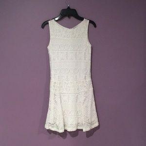 patterned girls lace dress